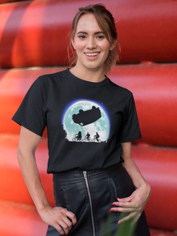 camiseta de stranger things autobus del reves