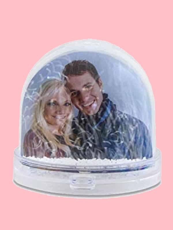 bola-de-nieve-con-personalizados