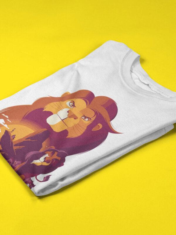 camiseta del rey leon doblada