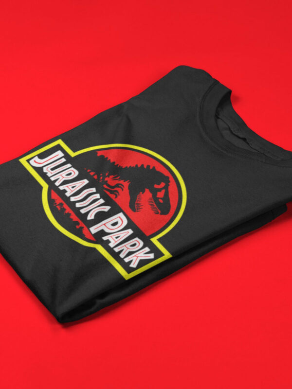 camiseta jurassic park negra doblada