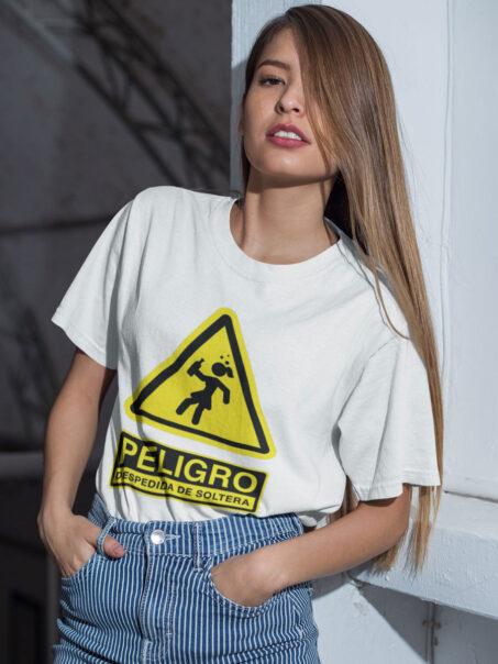 camiseta peligro despedida de soltera