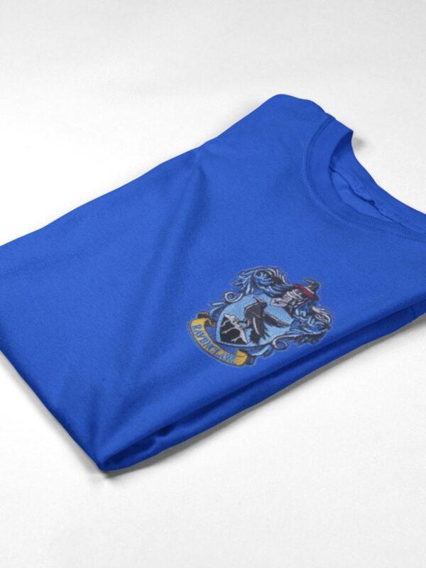 camiseta ravenclaw azul doblada