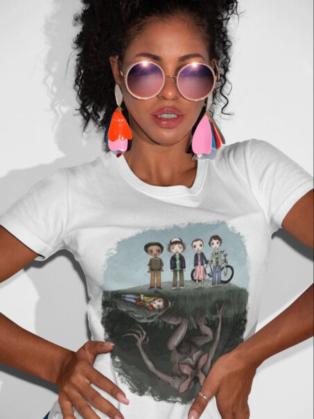 camiseta stranger things el mundo del reves unisex