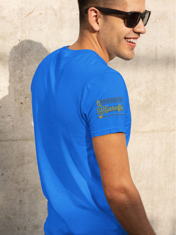 camiseta logo giraldabrass en manga azul
