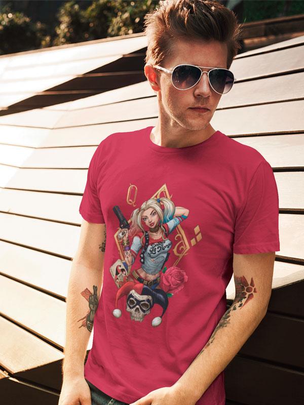 Camiseta Harley Quinn Rosas Granate