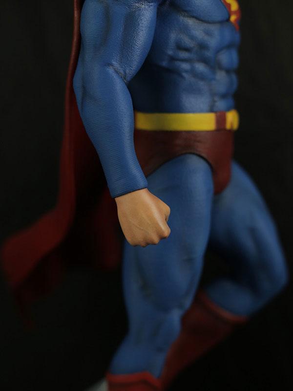 figura resina de superman
