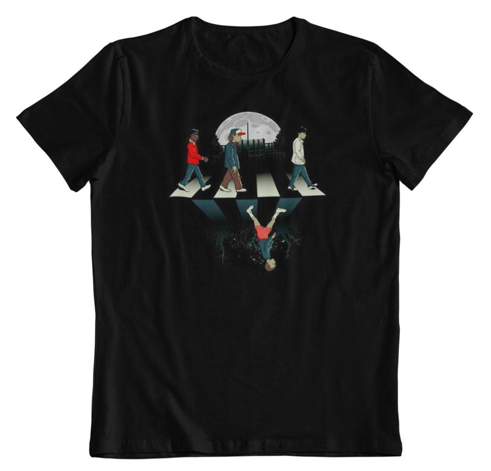 Camiseta Stranger Things mundos paralelos